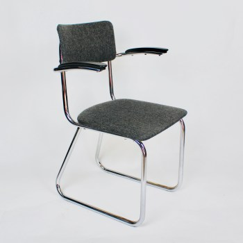 ahrend de Cirkel stoel grijs