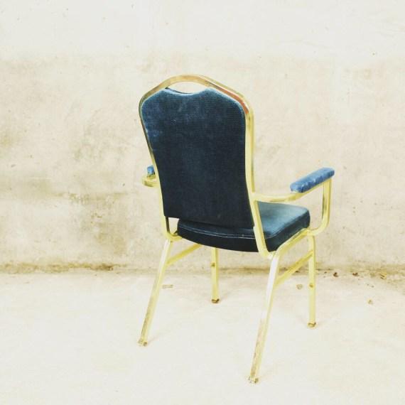 Hotelstoel van Shelby Williams Corporation goud blauw