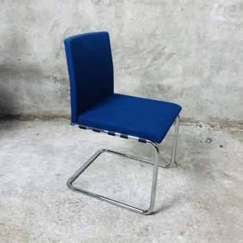 Originele Thonet S70 van Glen Oliver Löw first edition