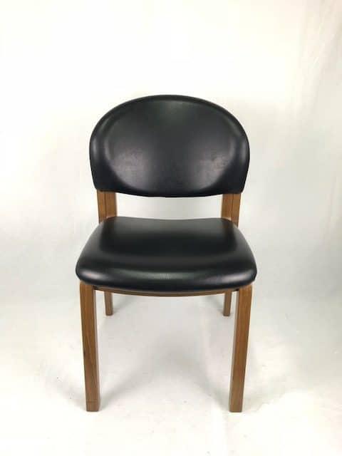 chaise visiteur en cuir et bois