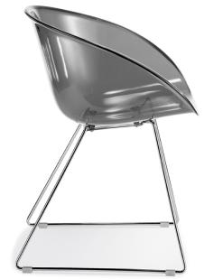 Gliss chair van Pedrali met sledefarme en smoke kleur kuip Pedrali   Bureaustoelenmkn