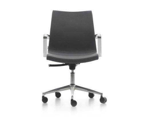 Sumo Chair met kruisvoet, hoogte verstelbaar dmv gasveer met armleggers stof grijs. Bureaustoelen MKB