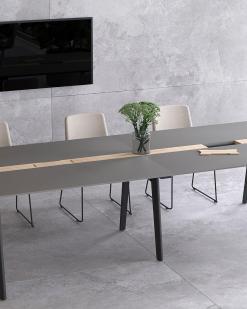 Nova Wood vergadertafel 240 x120 cm met antraciet blad en donker eiken gebeitst onderstel. Narbutas   Bureaustoelen MB