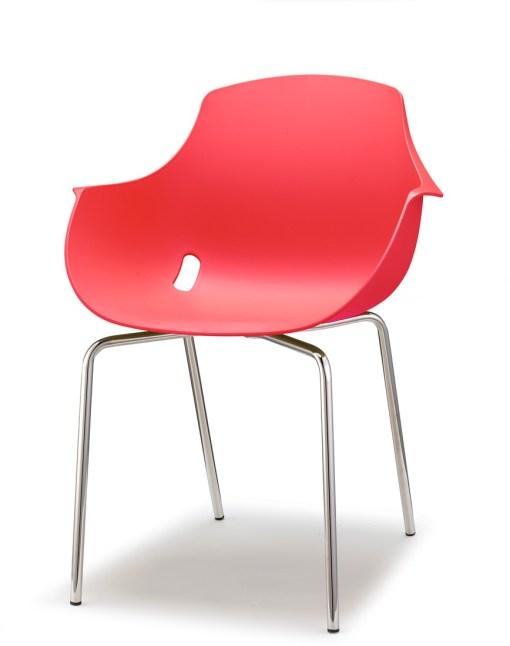 Ago Chair 4-poot chroom, Moderne-kuipstoel, stapelbaar in kleur rood. Bureaustoelen MKN