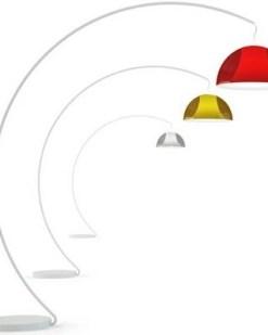 EL 002, staande booglamp met kunststof kap, drie kleuren. Bureaustoelen MKB