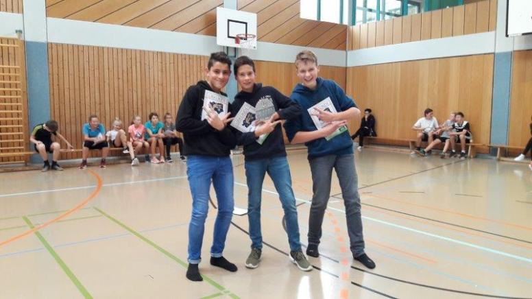 08_Jungen 8. Klasse (v. l. n. r.) 3. Platz Tim Bieling, 1. Platz Willy Wechsung, 2. Platz Laurenz Agthe