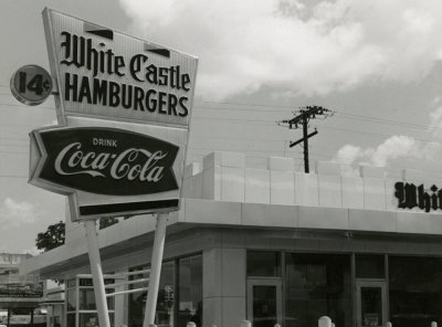 In 1958, there were 2 White Castle restaurants in Miami
