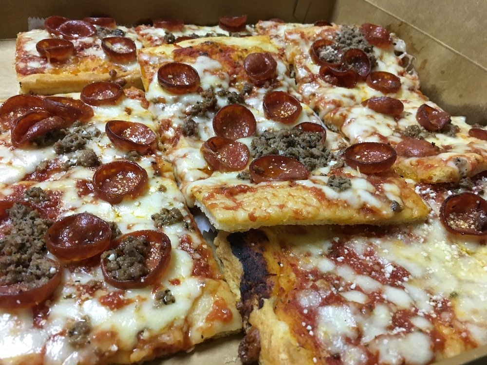 Ground Beef & Pepperoni Pizza