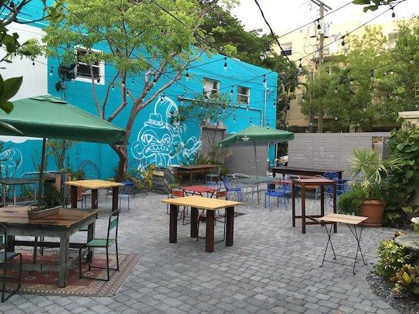 Doce Backyard Area