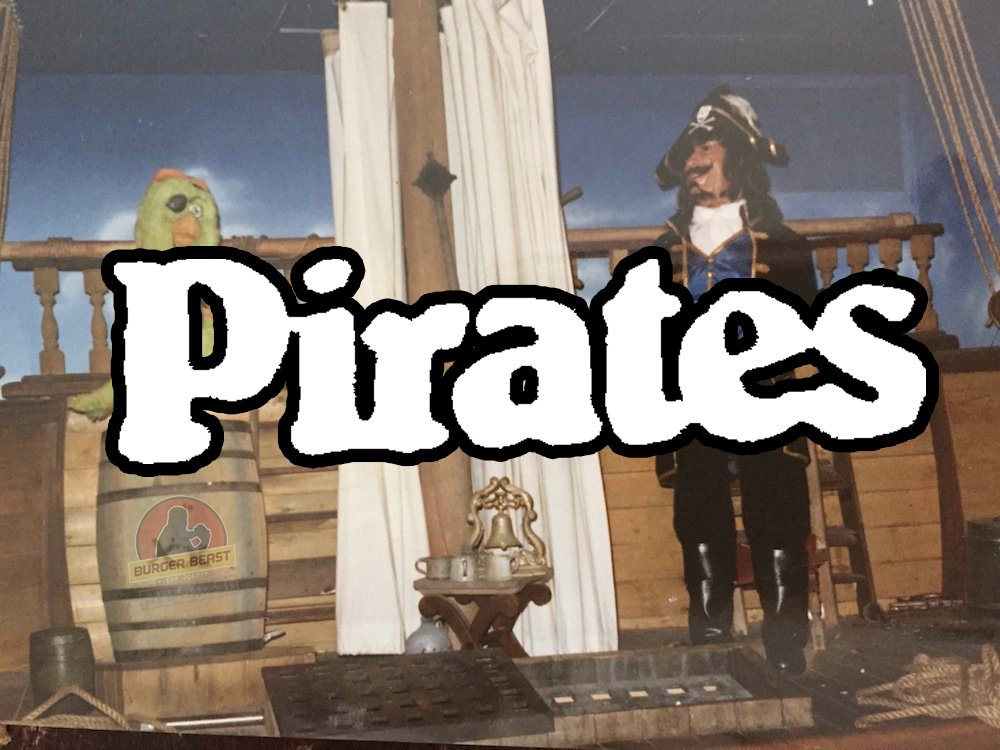Pirates/Los Piratas Animatronic Show