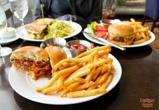 2941's burger trio.