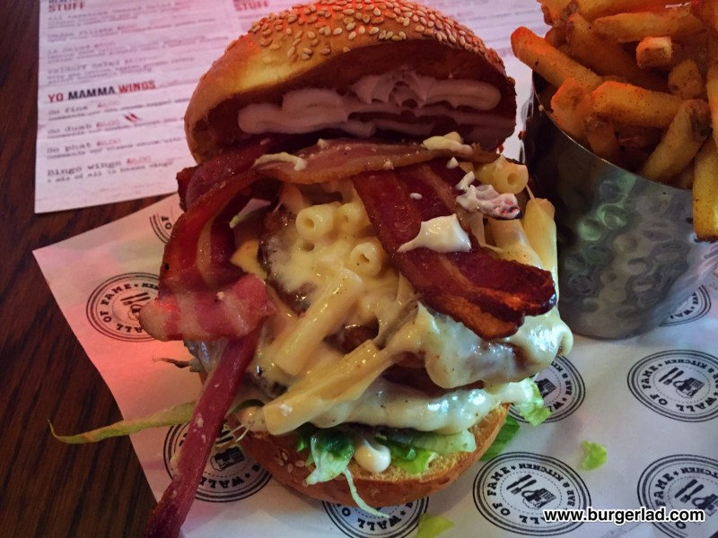 Wall of Fame Uncle Buck Burger