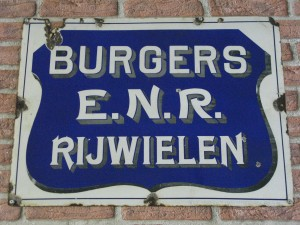 Burgers emaille bord