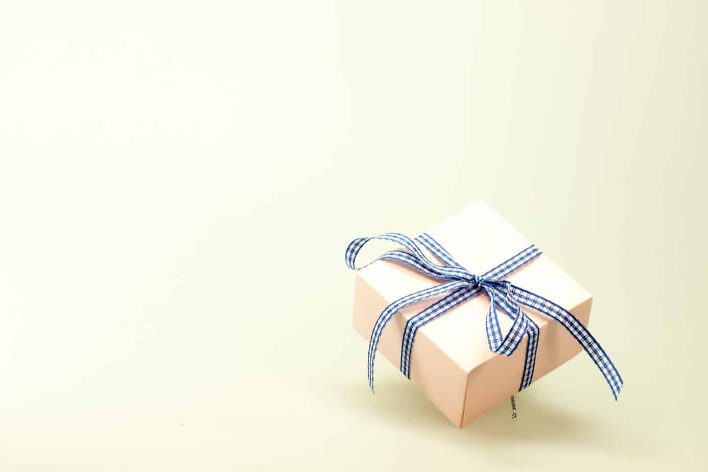 Everything You Want To Know About The Most Useful Interesting Wedding Favors For Your Big Day (2021)
