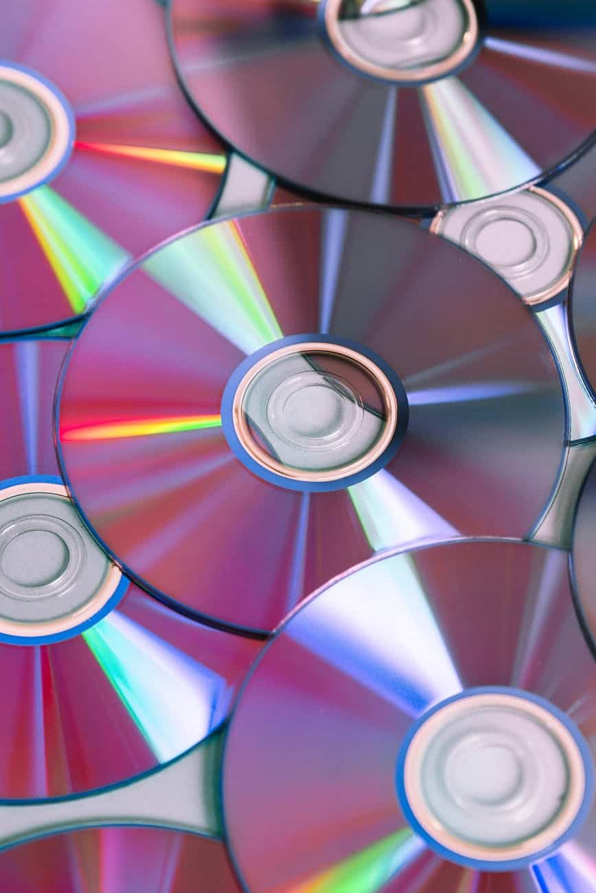 Check Out How You Can Easily Convert Your Wedding Video To DVD  (2021)
