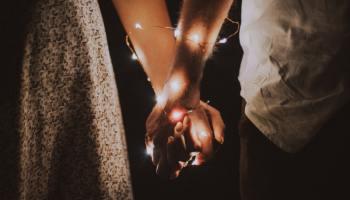 برج العذراء والجوزاء أصدقاء الروح يتعلمان الكثير من بعضهما البعض