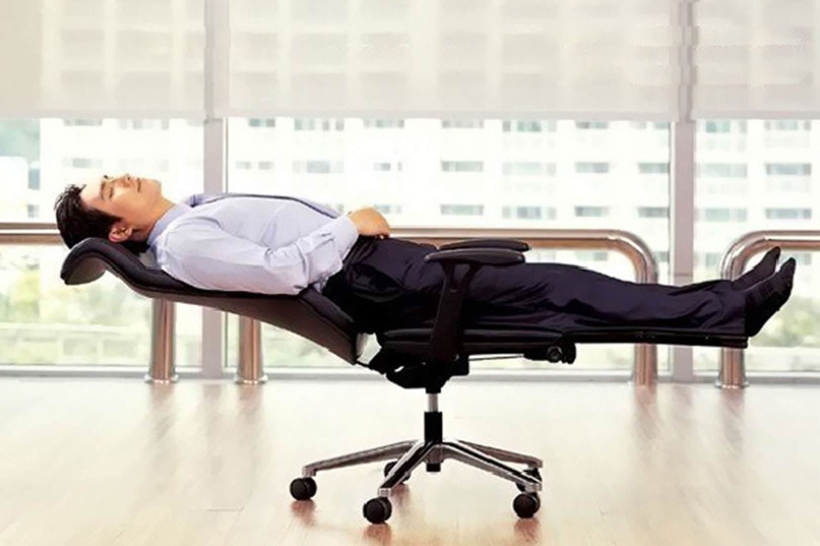 The Benefits Of A Good Office Chair