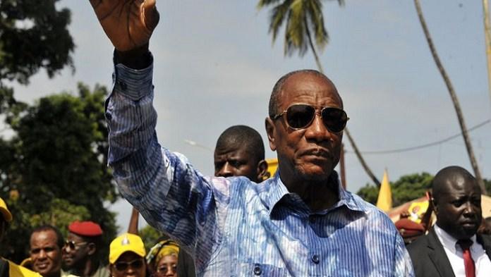Le président sortant vire en tête