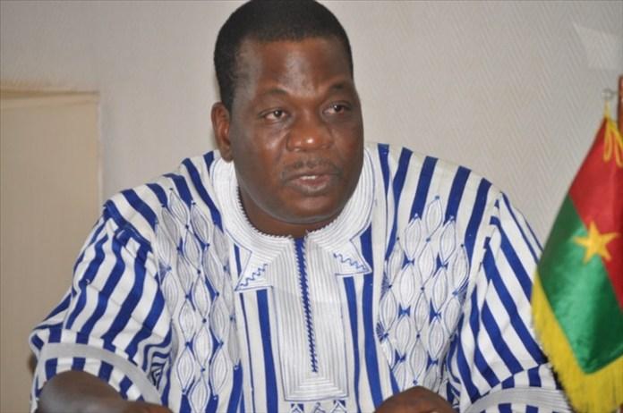 Le ministre des Sports David Kabré s'en tire bien, lui aussi