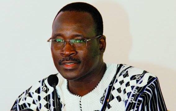 Le Premier ministre Yacouba Isaac Zida n'a pas donné le bon exemple
