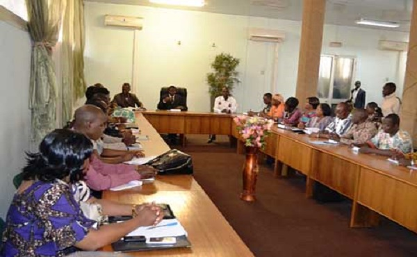 Le ministre a demandé aux DRH de mettre l'accent sur la communication