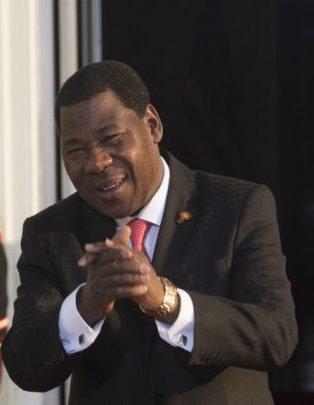Le bon déroulement du premier tour de scrutin permet déjà au président sortant, Yayi Boni, de faire sereinement ses adieux aux Béninois