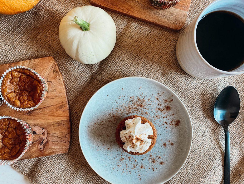Impossible Pumpkin Pie Cupcake - burknco.com