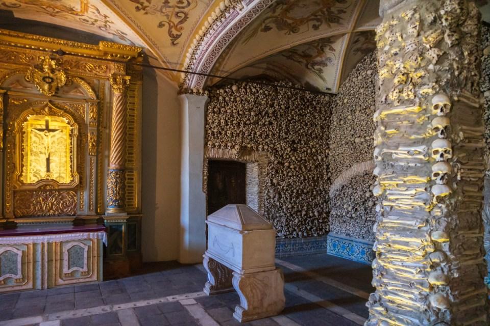 Bone Chapel, São Francisco, Évora