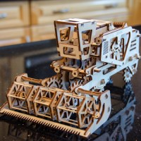A combine harvester from UGears
