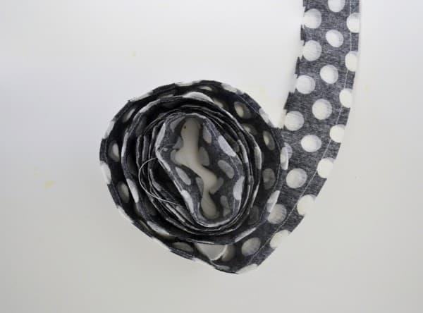 crepe paper garland 6