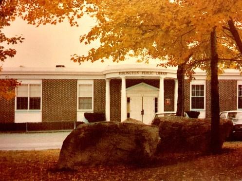 One-floor Burlington Public Library, mid 1970s