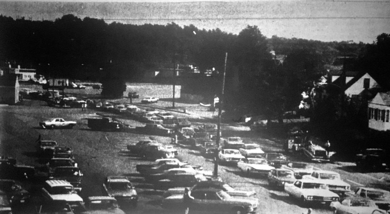 Traffic mayhem Cambridge St Burlington 2