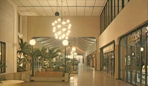 Burlington Mall single-floor
