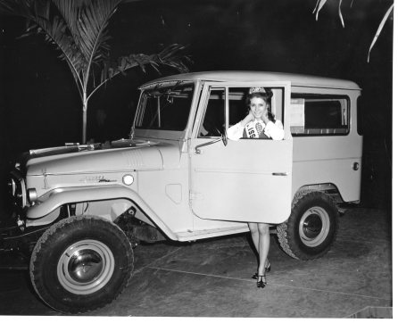 Miss Burlington with Toyota Land Cruiser