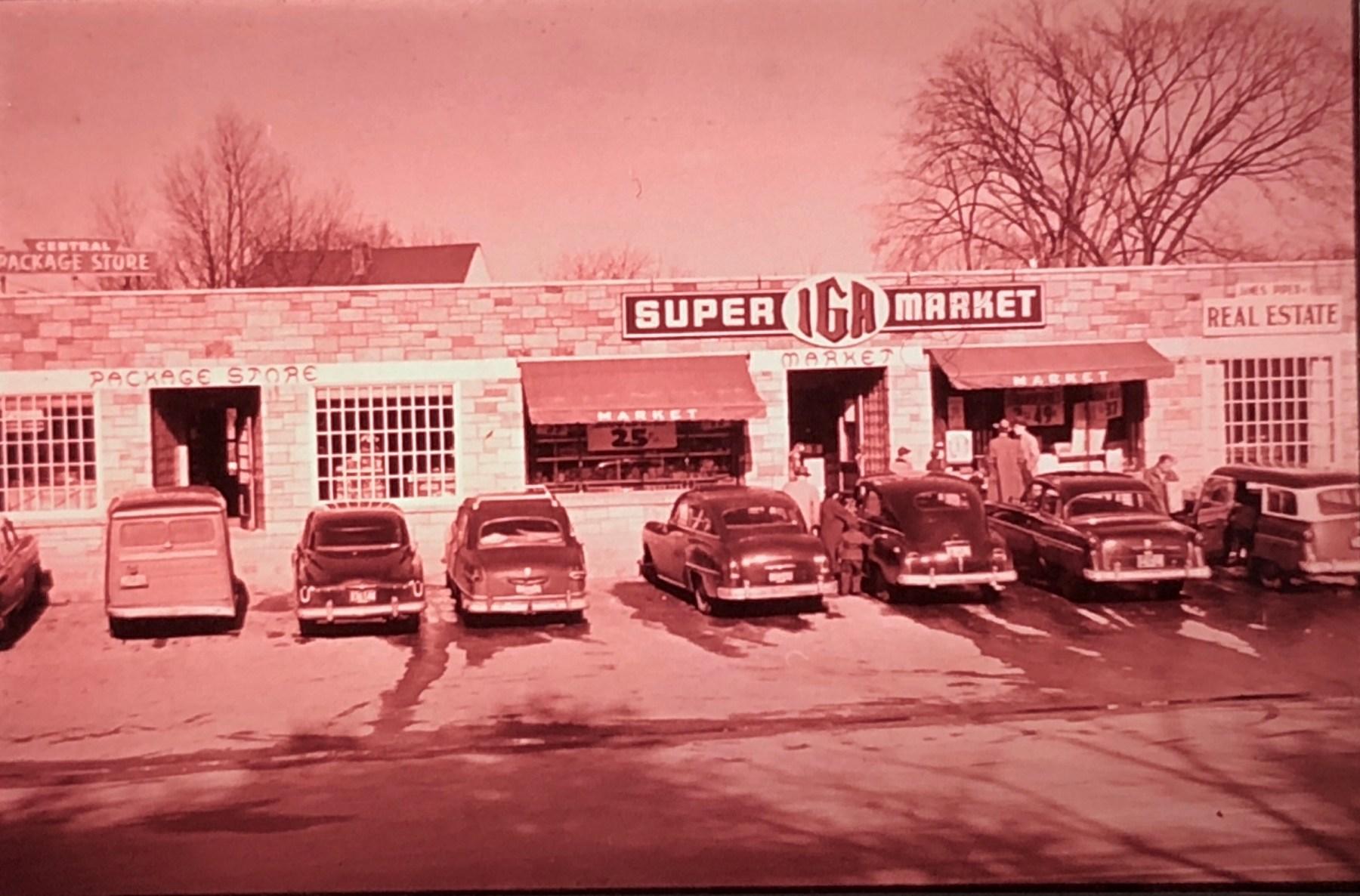 Super IGA Market Burlington MA