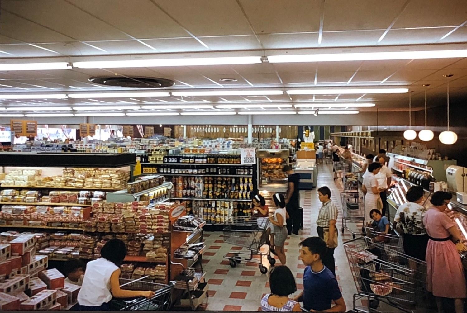 IGA Foodliner aisles Burlington MA 1962
