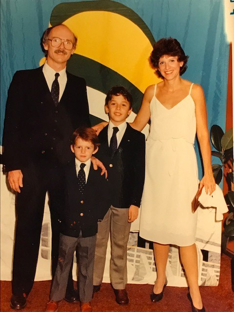 Arthur and family 1982
