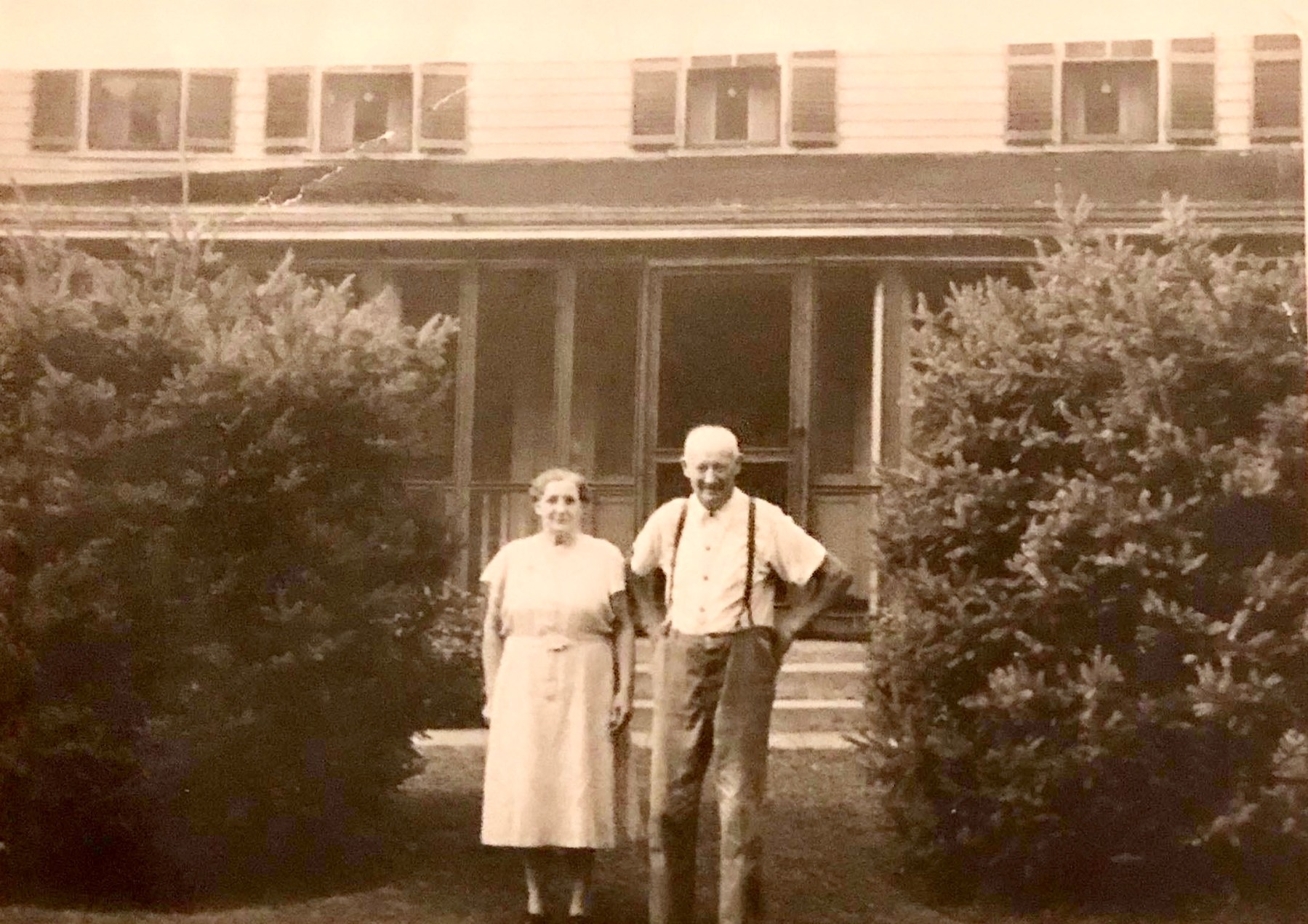 Lala and Robert Ray, Burlington MA (namesake of Ray Ave.)