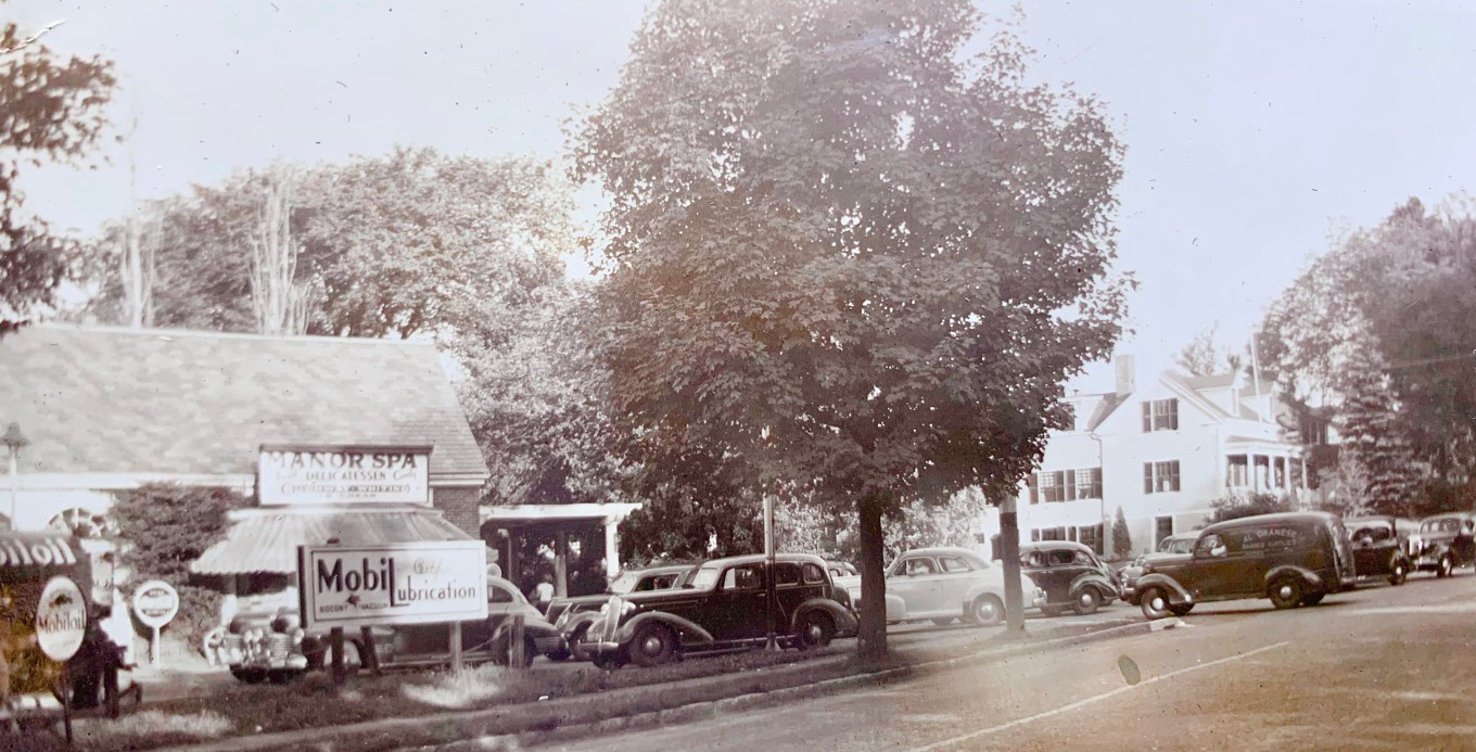 Manor Spa during gas rationing 1942