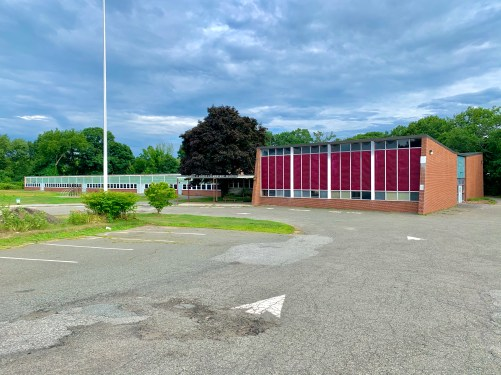 Daniel P. Hurld Elementary School 31 Woburn MA