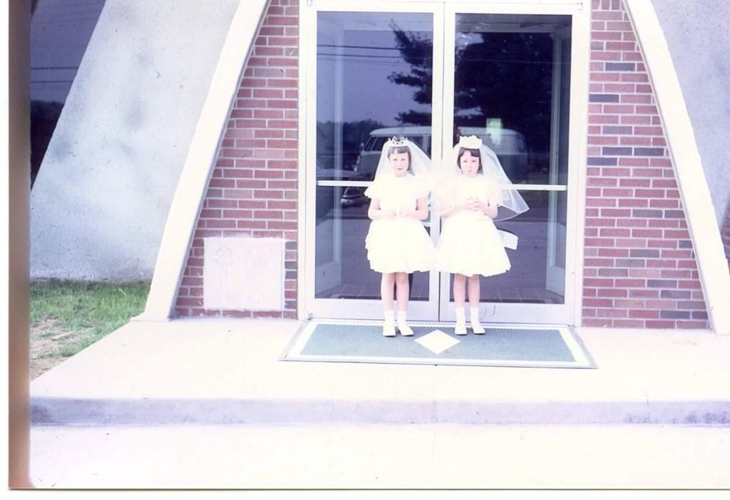 Linda and Donna Zani