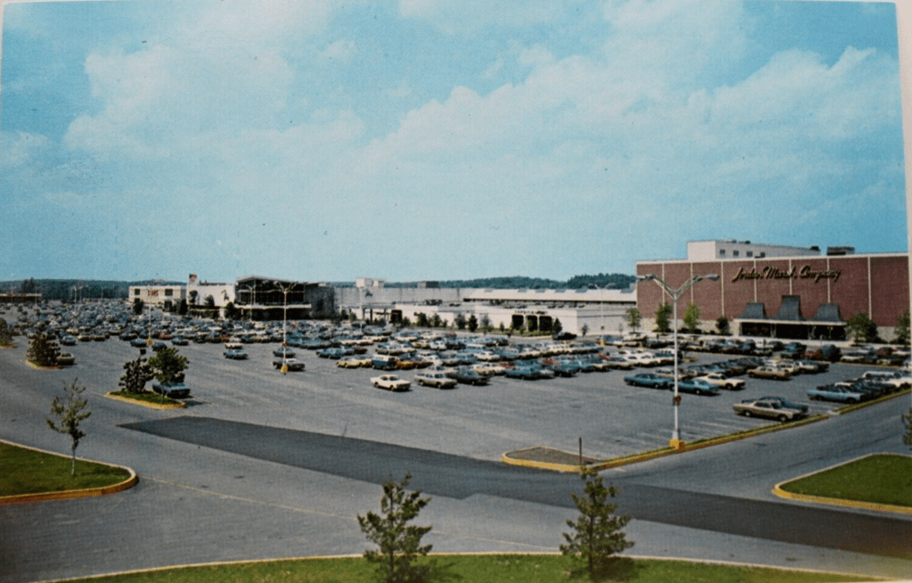 Burlington Mall postcard 1968, Burlington MA