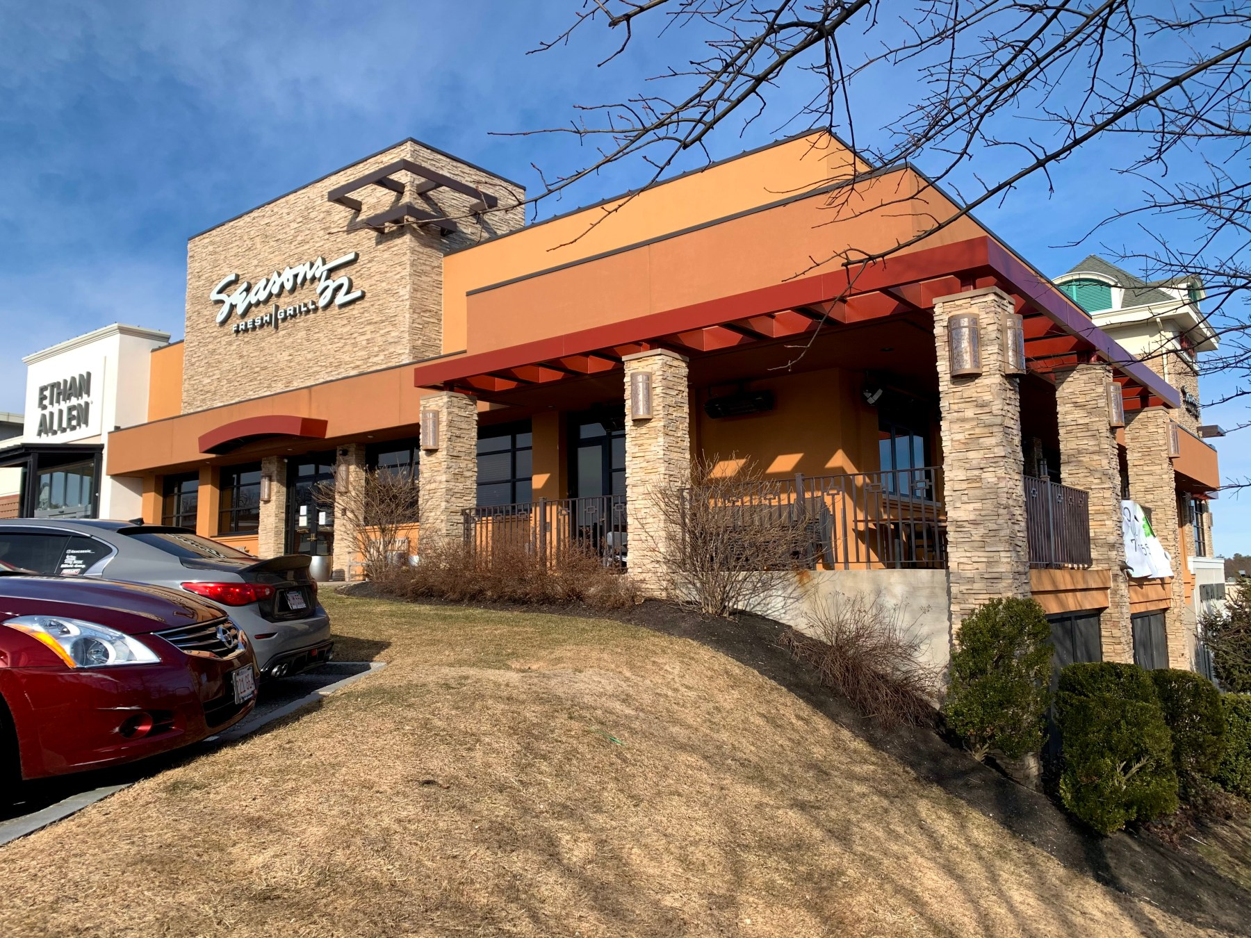 Seasons 52, Wayside Road, Burlington, MA