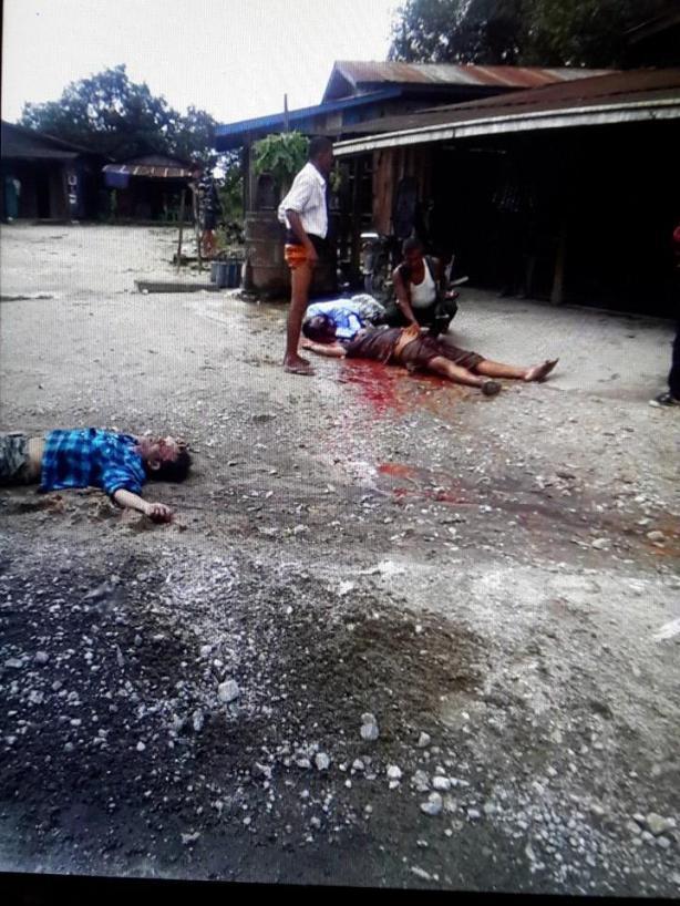 အလယ်ဗိုလ်တဲစခန်း၌ လက်နက်ကြီးထိမှန်သေဆုံးနေပုံ(Yemyat Zaw)