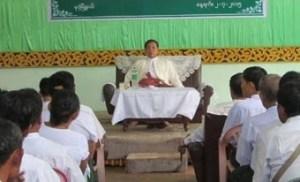 မွန်ပြည်နယ် USDP ဥက္ကဌ ဝန်ကြီးချုပ်ဦးအုန်းမြင့်(USDP)