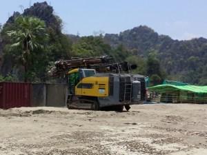 ပျားတောင်ဒေသတွင် ဘိလပ်မြေစက်ရုံသစ်တည်ဆောက်ရန် ပြင်ဆင်နေပုံ(MNA)