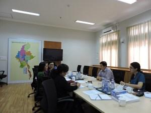 ငြိမ်းချမ်းရေးကော်မရှင်ဥက္ကဌနှင့် AGIPP ကိုယ်စားလှယ်များတွေ့ဆုံကြစဉ်(AGIPP)
