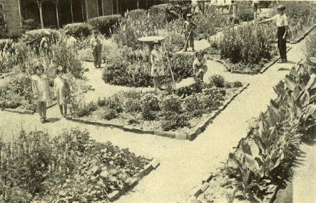 Parterre garden at Formwalt School, 1933. From Garden History of Georgia: 1733- 1933.