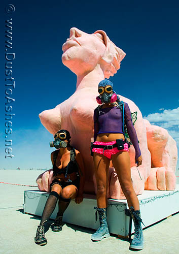 Burning-Man-2009-Sphinx-Statue-Pink-girls-woman-women-Desert-Art-Festival-Dust-To-Ashes-photos-pictures-pics-Gerlach-Nevada-NV