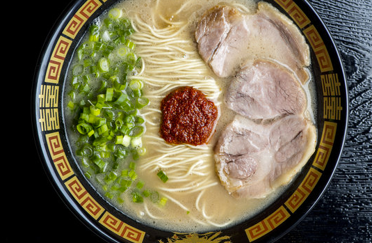 Is it worth it to sit in a cubicle-like space for ramen? Some office workers aren't convinced.